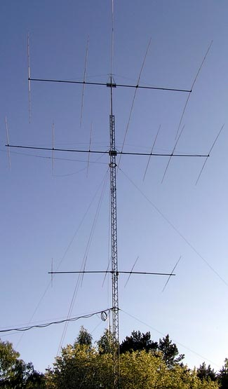 You don't need to get this elaborate to experience a vastly improved signal with your radio.
